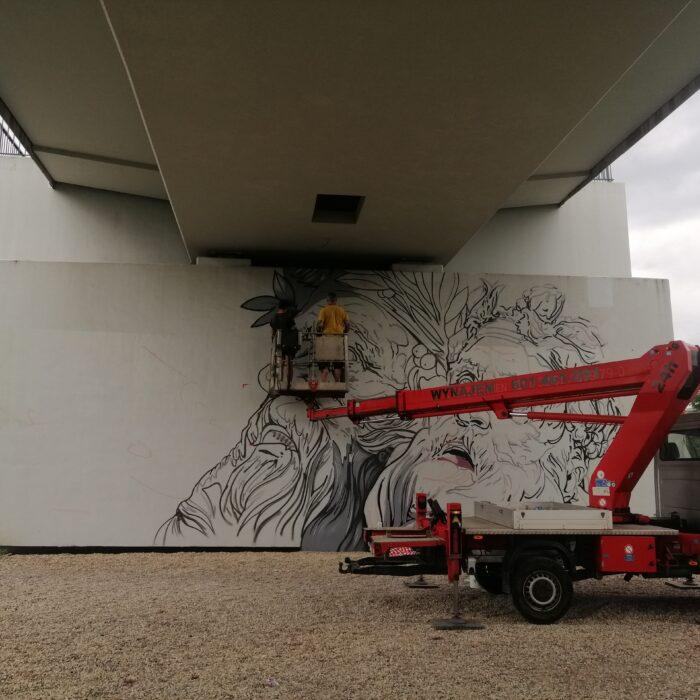 Struktura i stan sciany na malowanie murali reklamowych 2021