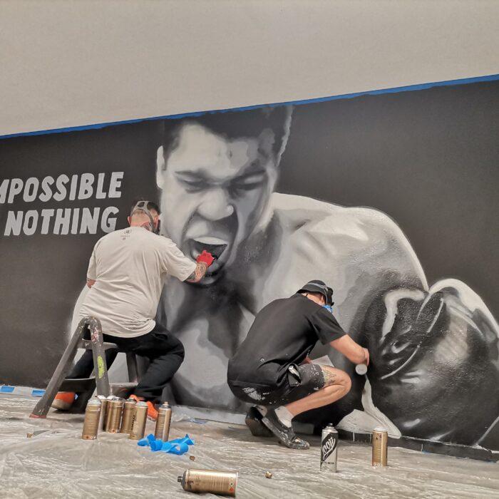 Jak przebiega realizacja murali reklamowych 2021?